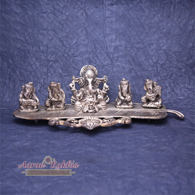Amazing Collection Of Five Musicians Ganesha With Deepak