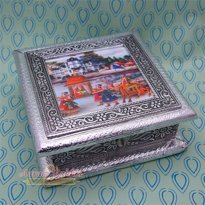 Designer Silver Color Handicraft Small Dry Fruit Box With Painting